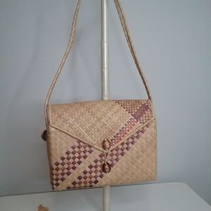 Handbags - Straw Purse/Shoulder Bag with Sea Shells